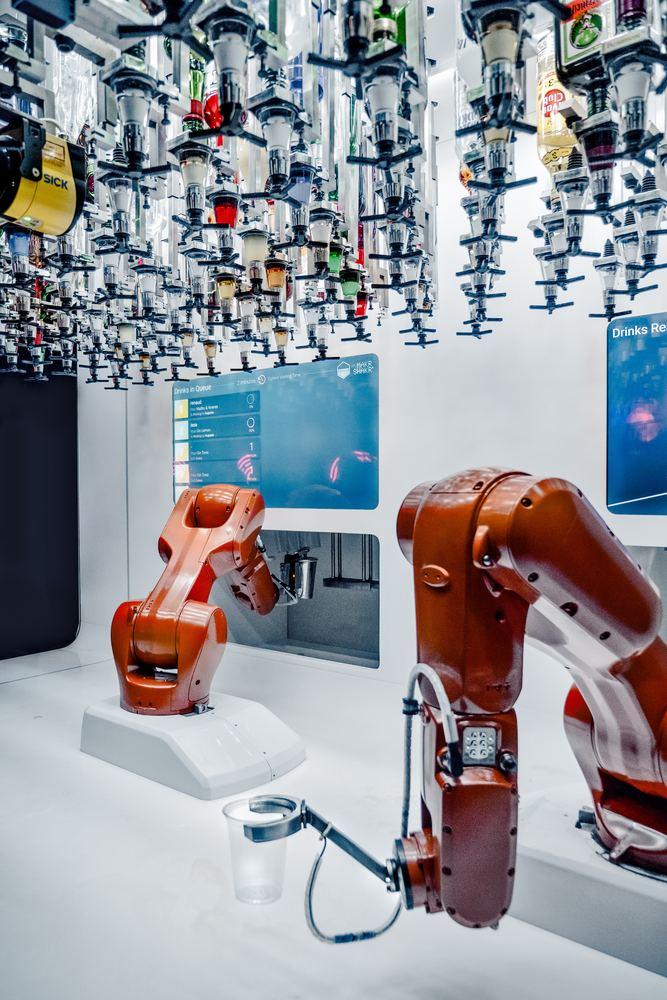 Roboter tar over mye av jobbene til mennesker